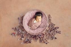 newborn-photography-oxfordshire_edited