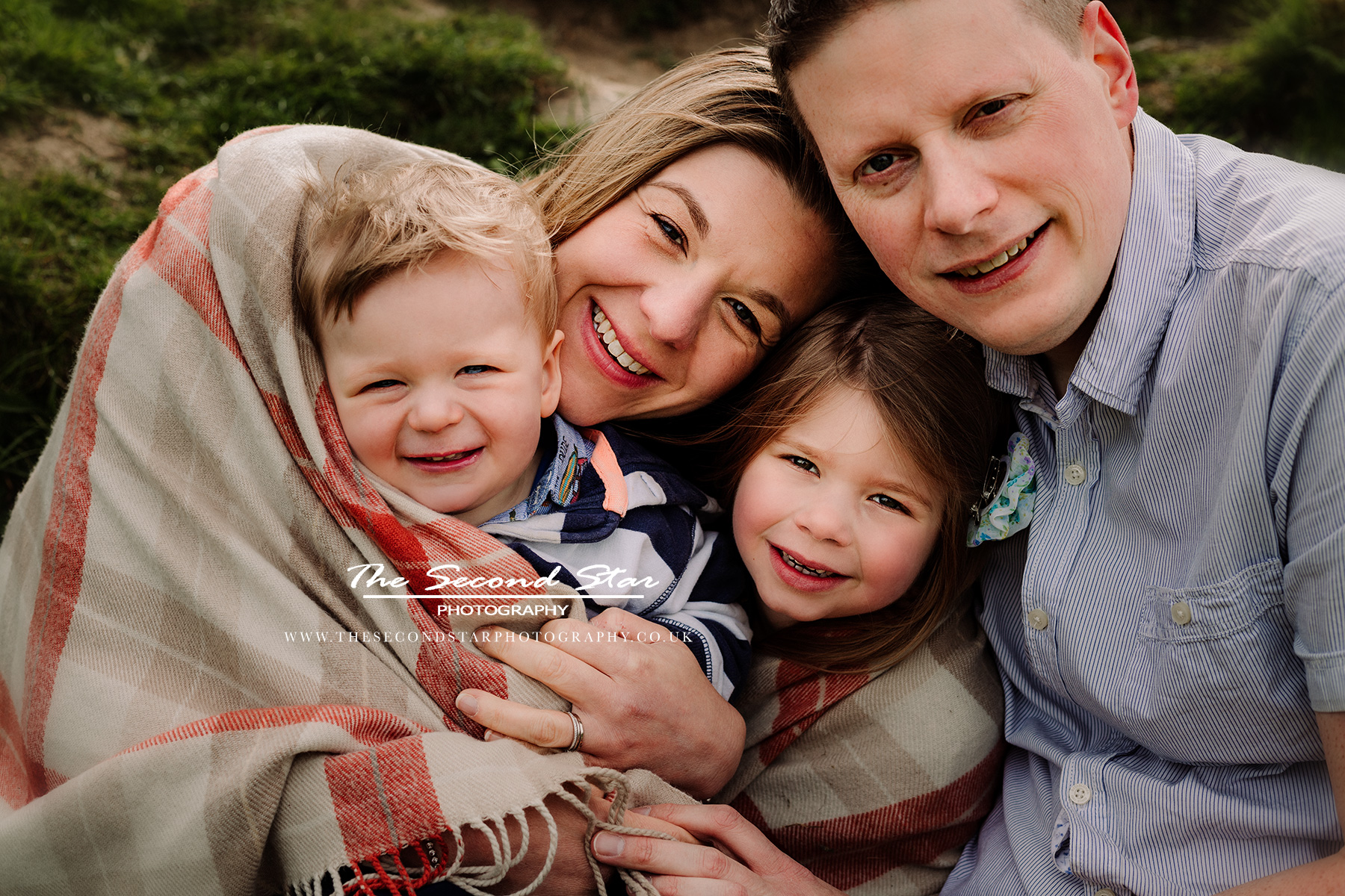 Family-photographer-Bicester