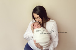 newborn-photography-family-bicester