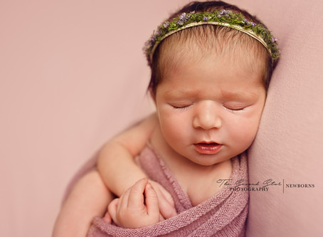 Girly and pretty pink newborn session with baby L. - Oxfordshire newborn photographer