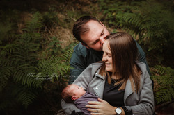 outdoor-newborn-photography-oxfordshire.