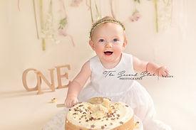 cake-smash-photoshoot-bicester.jpg