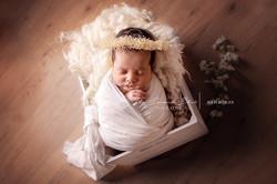 Buckinghamshire photographer newborn