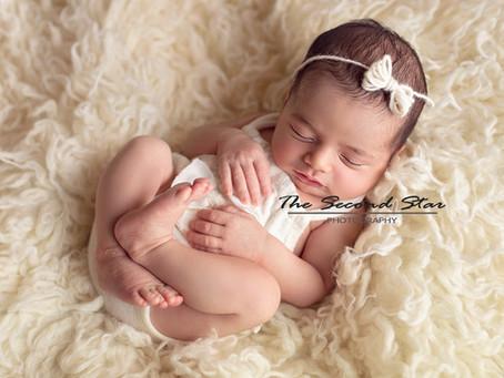 From bump to newborn - Baby M's newborn portrait session: Oxfordshire newborn photography