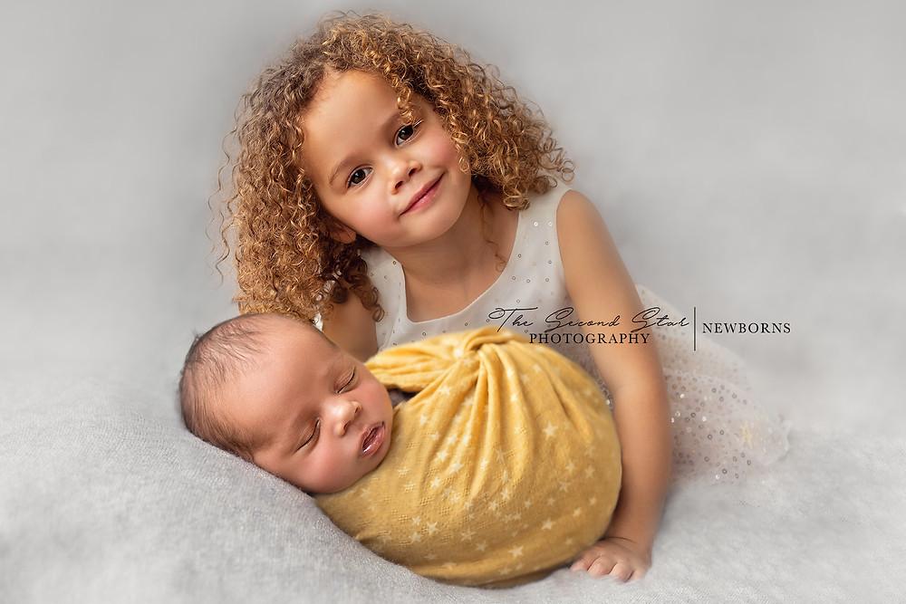 sibling newborn photoshoot Oxfordshire