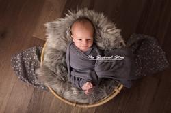 Oxfordshire newborn photographer