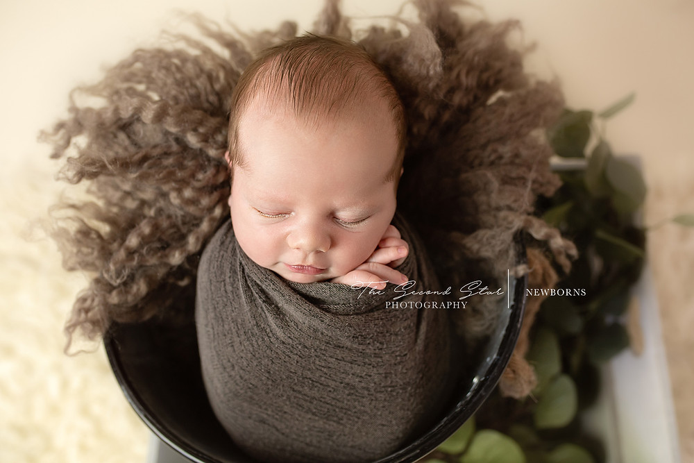 Newborn photography Oxfordshire, mobile photographer Bicester, Banbury, Oxford, Thame