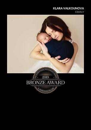 Award winning newborn photographer Bices