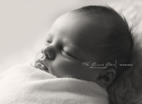 Baby M.'s natural portrait session - Oxfordshire newborn photography