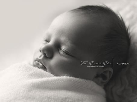 Baby M.'s natural portrait session - Oxfordshire newborn photography