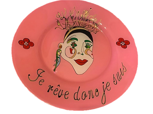 """je rêve donc de suis"" Pink handmade plate by Sara Melki . "