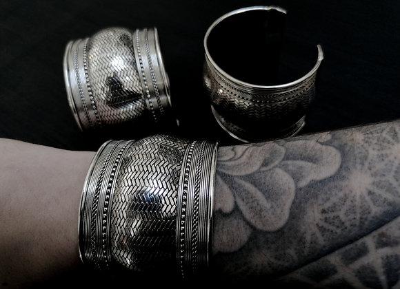 Bracelet manchette plaqué argent motifs