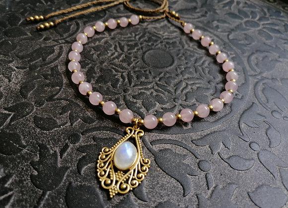 Collier quartz rose et pendentif labradorite blanche