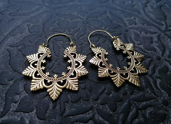 Boucles d'oreilles laiton doré mandala feuilles
