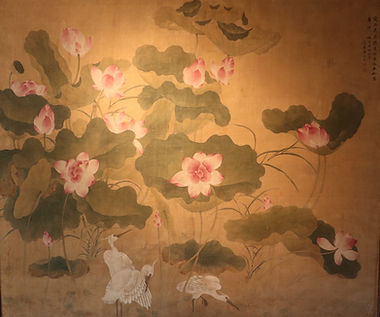 Polychrome painting on silk with 3 egrets in a decoration of lotus flowers