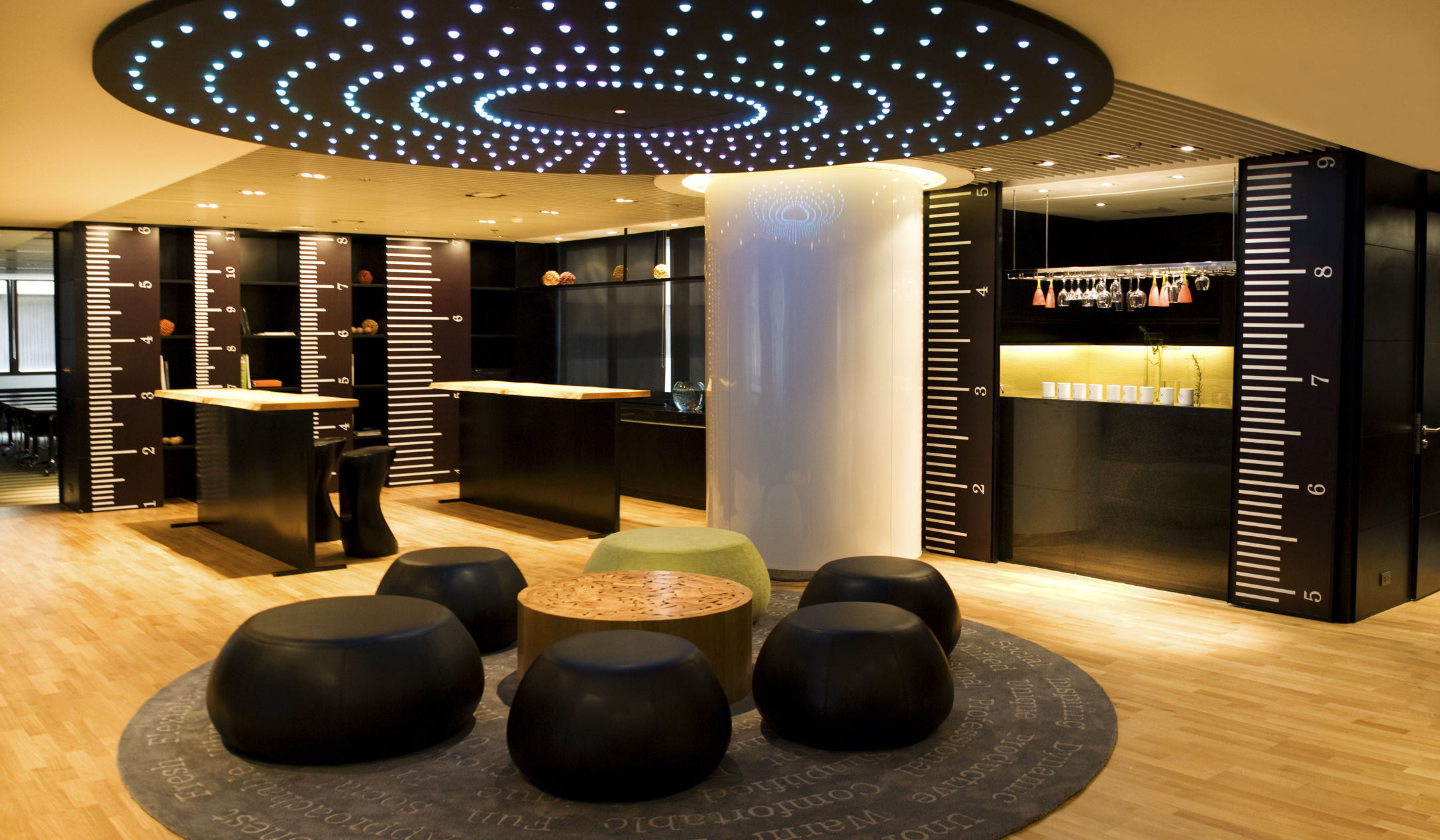 Meeting Rooms   Glowfish