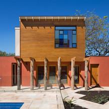 YARRAVILLE   Adobe house