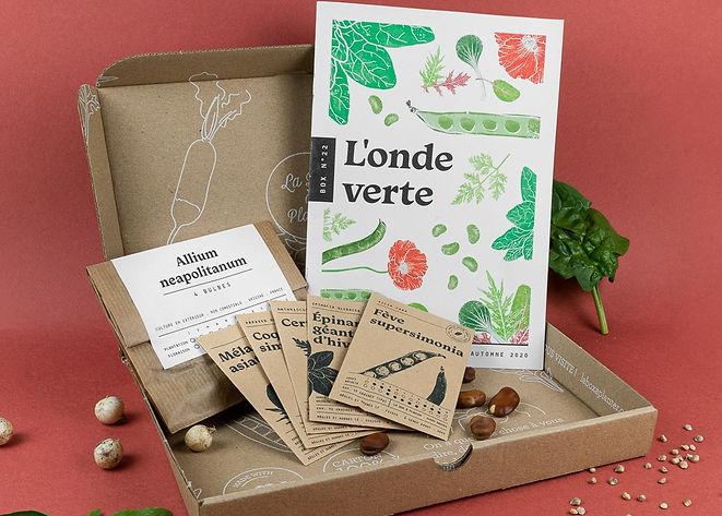C'est la box jardinage bio 100% made in France, pour jardiner sans se prendre le chou.
