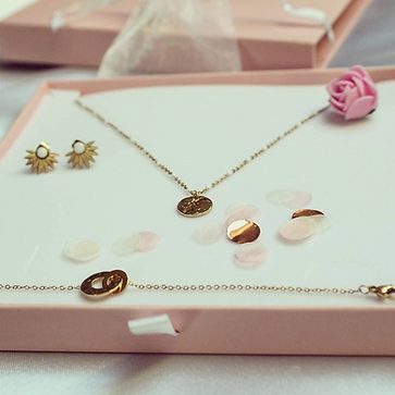 ChoosEmi, la box avec 3 bijoux tendance.