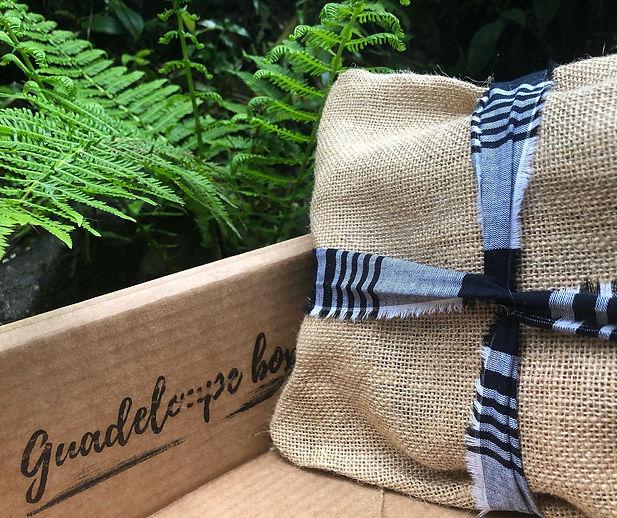Guadeloupe Box