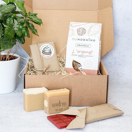La Box Engagéec'est une box artisanale et écoresponsable française.