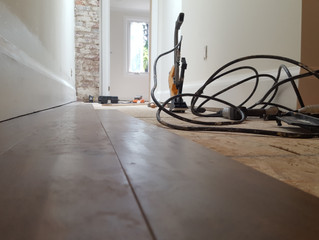 What should I keep in mind when choosing my floor installer?