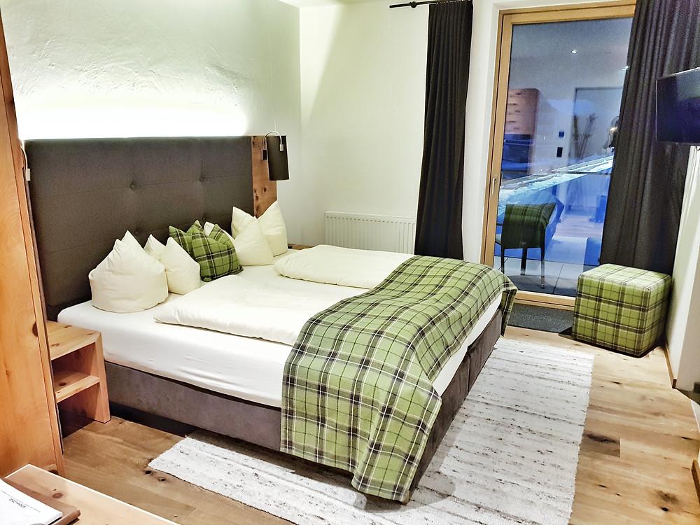 Sedona Lodge smaller room