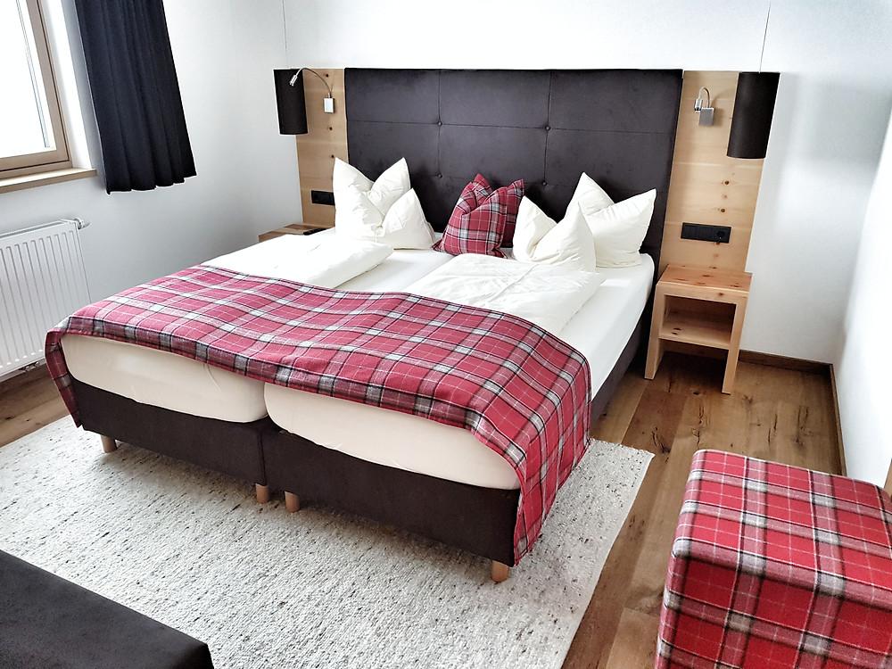 Sedona Lodge bigger room