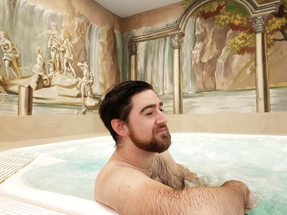Mathew in whirlpool in Riessersee hotel