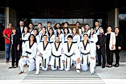 Foto en casa presidencial selección de Taekwondo