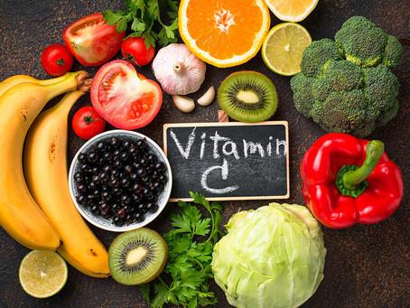 Frutas por orden decreciente de contenido de Vitamina C cada 100 gr.