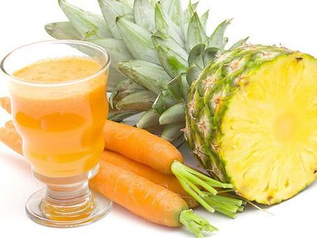 Jugo para bajar el abdomen o reducir el estómago con piña y zanahoria
