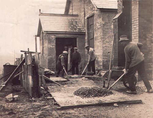 Building the church hall in 1928