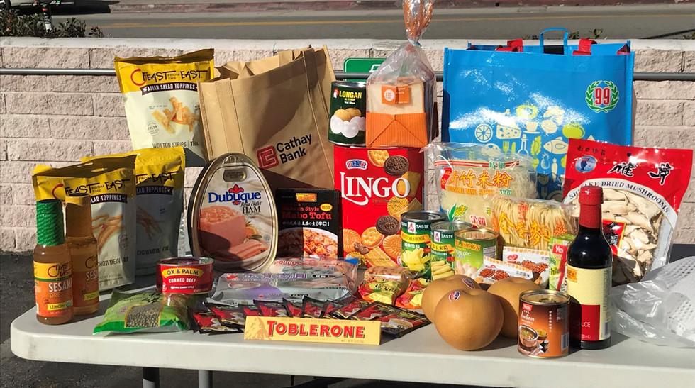 食品籃和玩具送暖計劃