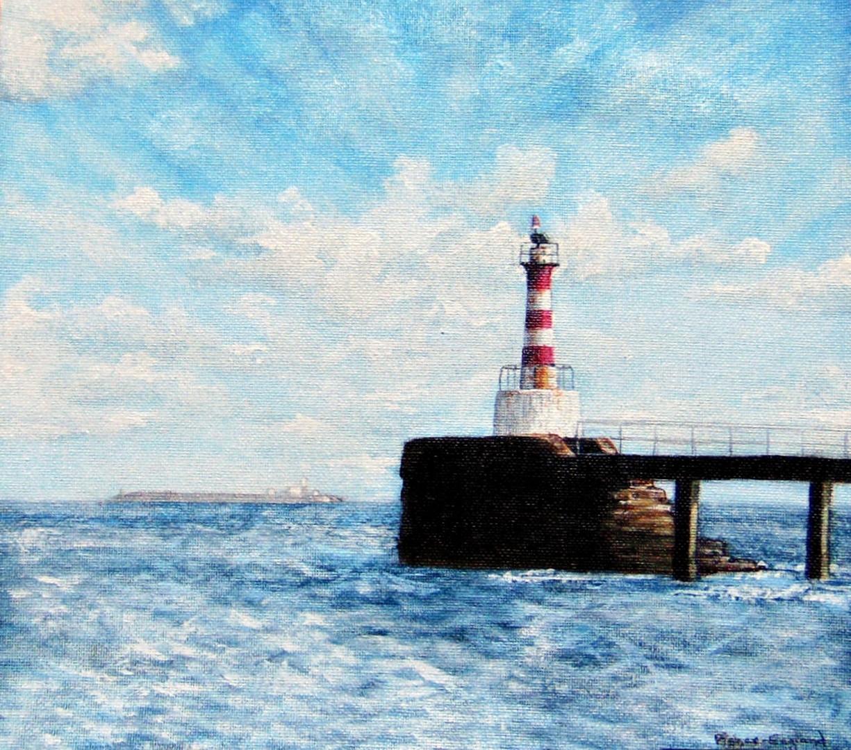 Amble Pier Lighthouse.JPG