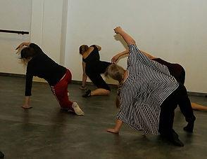 Modern Dance klein.jpg