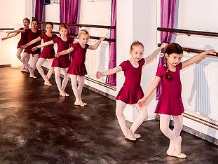 Ballett 1 klein.jpg