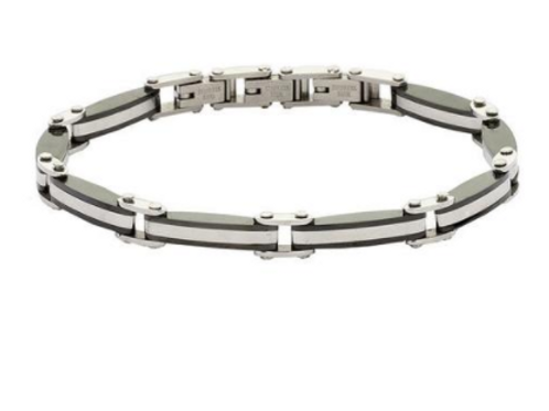 Man with steel mesh bracelet black and white