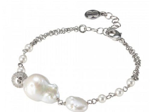 Double strand bracelet with natural pearls and zircon loop