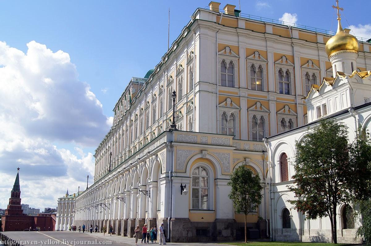 Московский Кремль Оружейна Полата