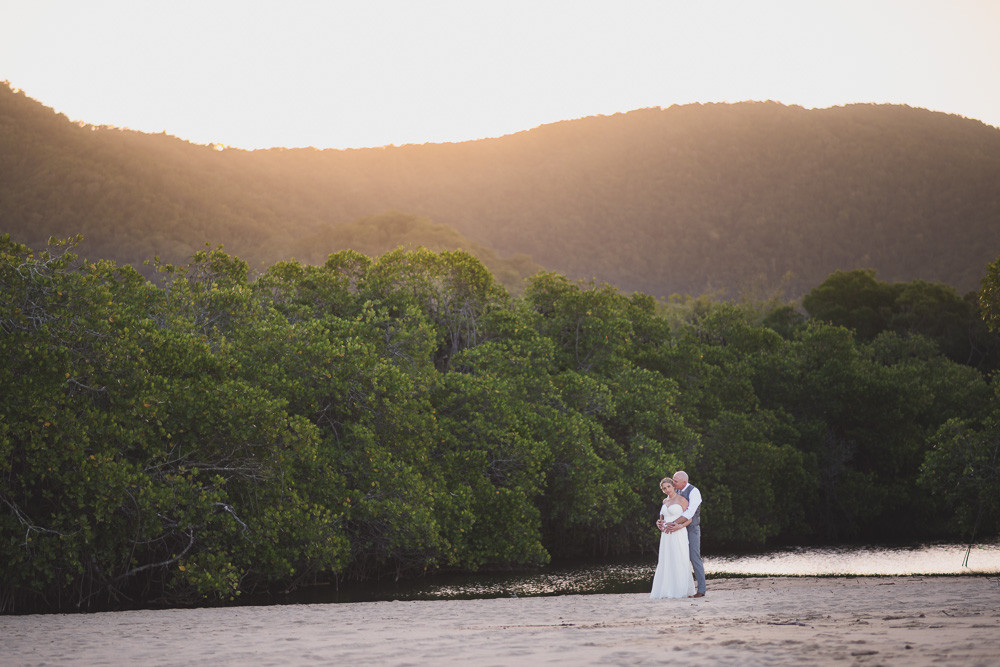 Cairns Wedding Photgraphy at Kewarra Beach