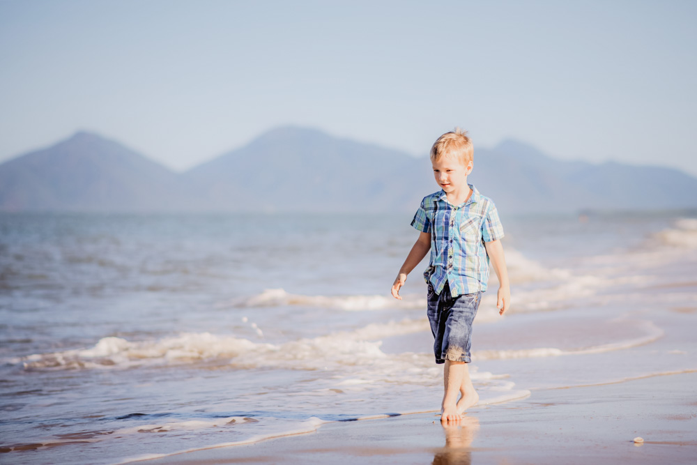 Cairns Family Photographers (1024)