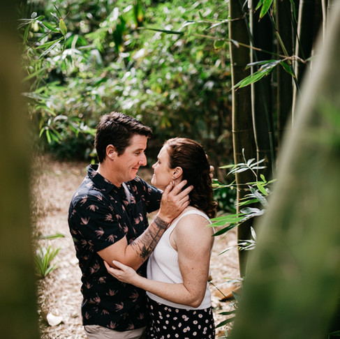 Not sure what to do with those Engagement Photos, have a wedding website!!