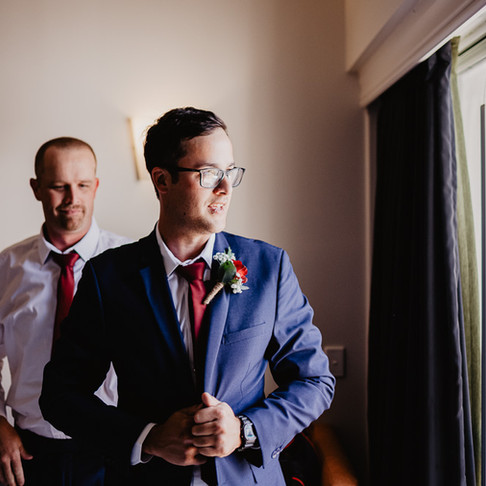 Your Groom's 12 Months Checklist