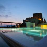 Castle - outdoor pool (2) - Copia.jpg