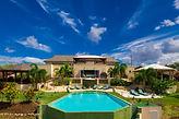 #01B Outdoor#3 Villa Overview Look .jpg