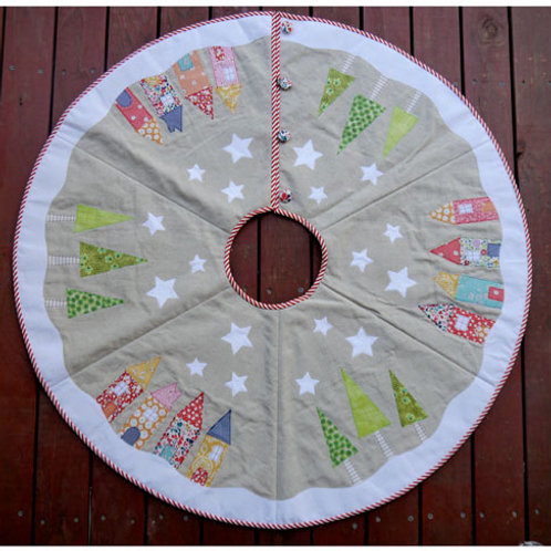 Yule tide tree skirt - Claire Turpin and Jemima Flendt