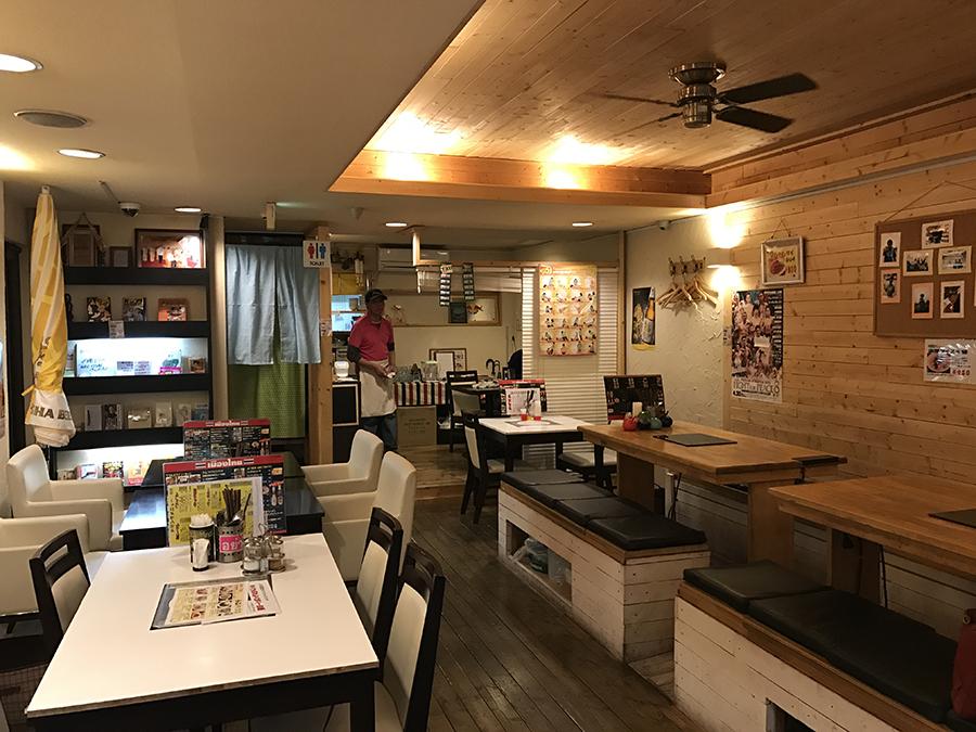 タイかぶれ食堂 店内