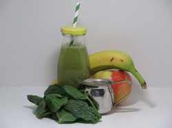 Banana-Apple-Spinach Smoothie
