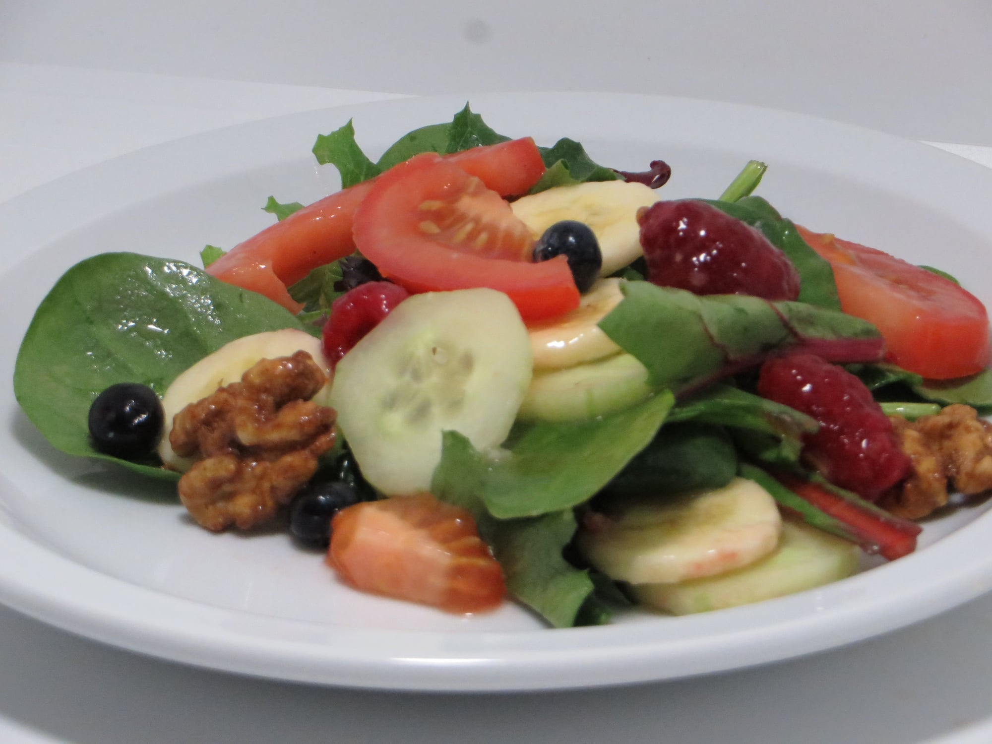 Side of Mixed Greens & Fruit with Italian Dressing